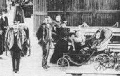 Lourdes - Intérieur de l'abri des pèlerins - avant 1900 – carte postale - Médiathèque André Labarrère Pau – cote B6-133