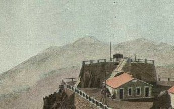 Sommet du Pic du Midi – s. d. - photographie rehaussée à l'aquarelle - Médiathèque André Labarrère Pau – cote 45768R