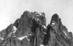 Les Pyrénées : Le Pic du Midi d'Ossau (2885 m.) - Editions Chantecler (Pau) - carte postale - Médiathèque André Labarrère Pau – cote B5-131